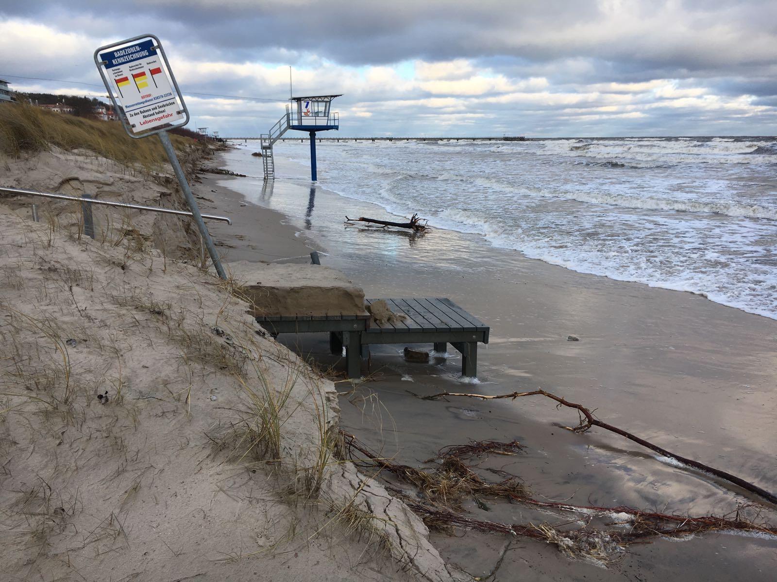 Strandaufgang Insel Usedom Ahlbeck Heringsdorf Bansin Sturmtief Axel Hochwasser Sturmflut